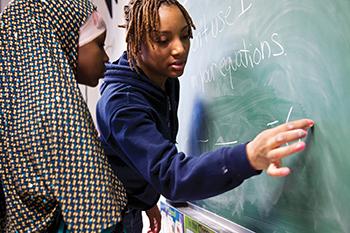 Azizah Curry, Literacy Corps tutor