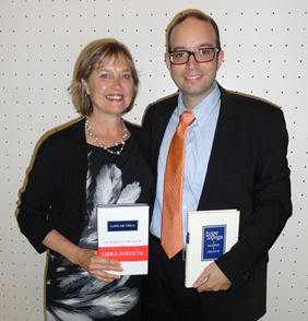 Alejandro García-Reidy poses with his department chair, Gail Bulman, at the event in Madrid.
