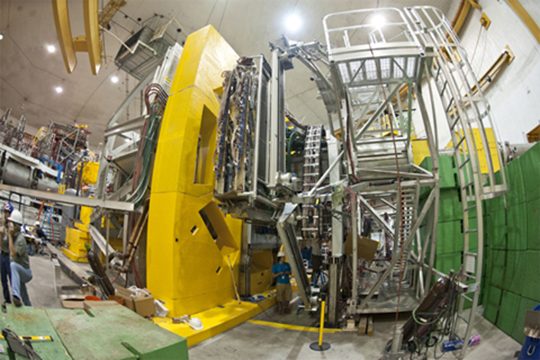 Beminiwattha's thesis involved the Q-weak experiment at the Jefferson Lab, which includes here the apparatus that contains the proton target and detectors in one of the experiment halls. (Photo: Jefferson Lab)