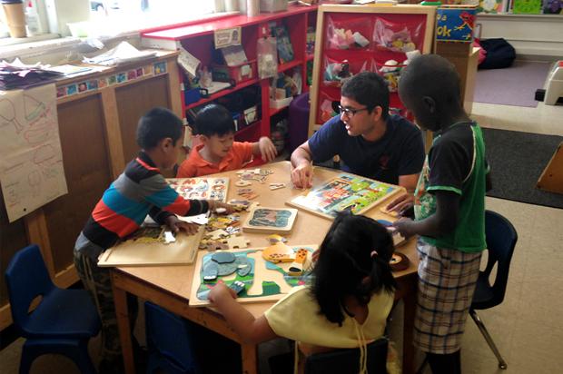 Totadri Dhimal '15, working with preschoolers.