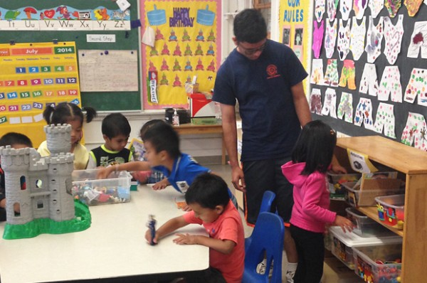 Totadri Dhimal '15, works with preschoolers at.