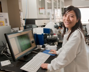Huan Gu in the SU Biofilm Engineering Laboratory
