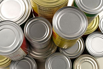Fans can bring can of food for the Central New York Food Bank to Saturday's men's basketball game against Pittsburgh in the Carrier Dome.