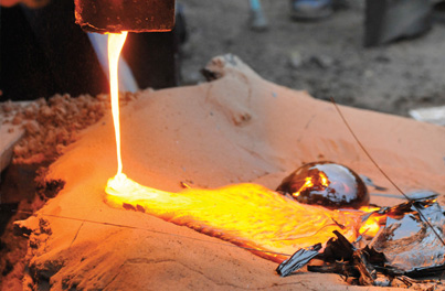 A lava pour is one of the events scheduled during the symposium.