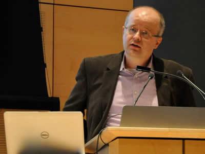 Roger Hallas