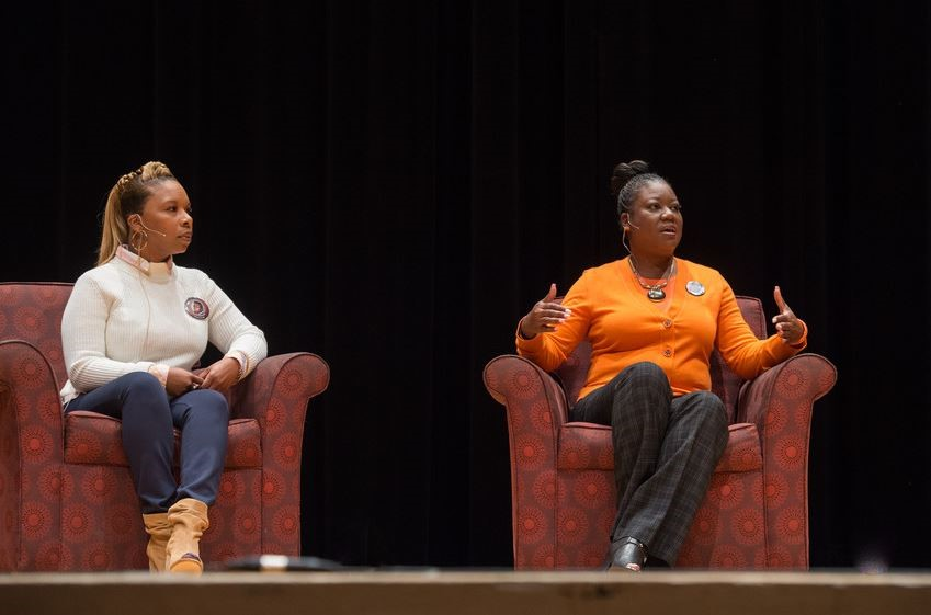 Leslie McSpadden (left) and Sybrina Fulton