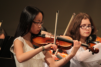 Musicians in the Syracuse Youth Orchestra