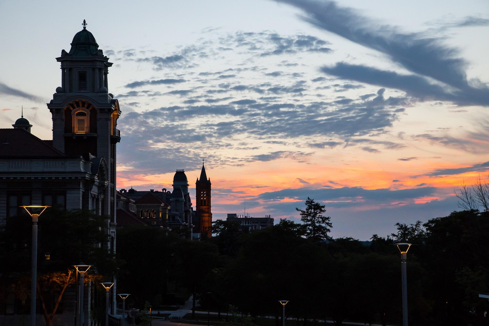 bingzhu-luo_school-sunset-view-003