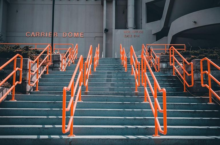 Carrier Dome rails