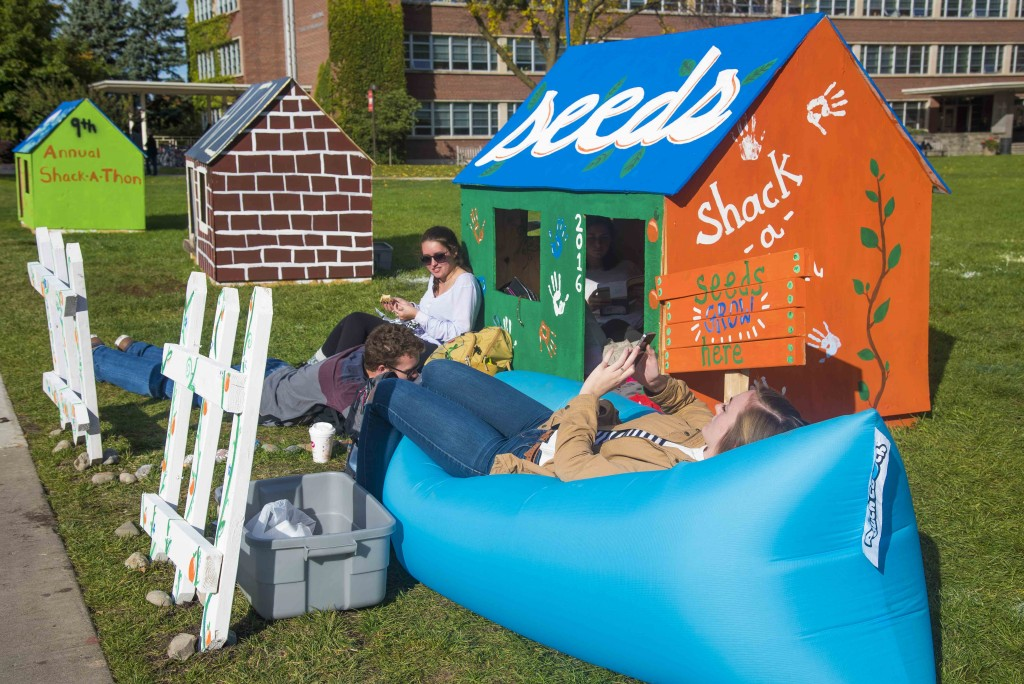 The Syracuse University and State University of New York College of Environmental Science and Forestry chapter of Habitat for Humanity hosted its 9th annual Shack-A-Thon on the Quad. Photo by Chase Guttman '18