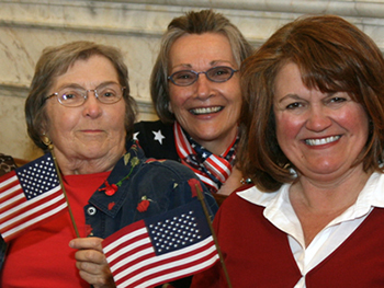 Marilyn Kerr (far left) with Syracuse colleagues Kathryn Tunkel and Judith Bragg in 2008.