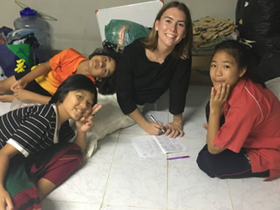 Kait Hobson with Thai students