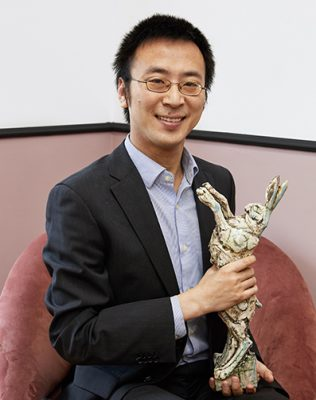 Zhen Ma with his Lush Prize