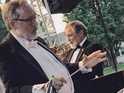 Maestro James T. Spencer and soloist Ralph Dudgeon (Photo by Ginger Dudgeon)