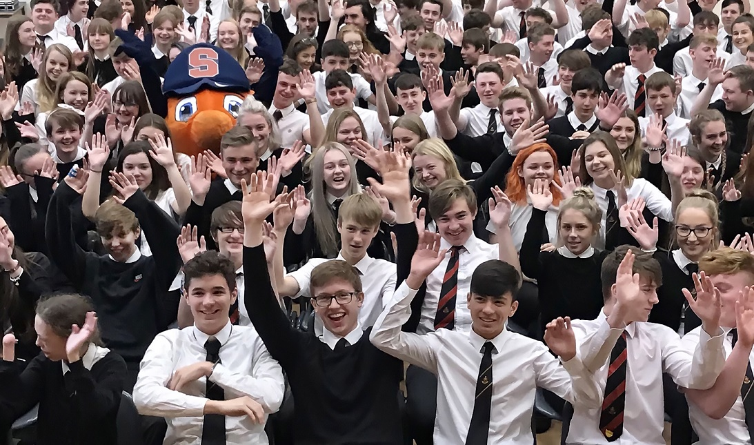 students cheering with Otto