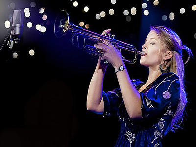Acclaimed trumpeter Bria Skonberg recently participated in a three-day residency in the Rose, Jules R. and Stanford S. Setnor School of Music.