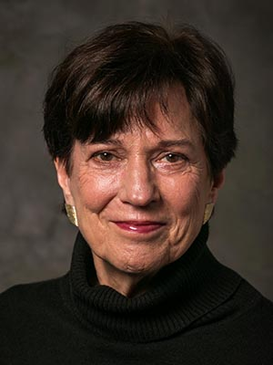 Growing the Science of Sustainability: Molecular Biologist Nina V. Fedoroff  '66 Expounds on Importance of GMOs, Science Literacy | Syracuse University  News