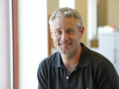 Ed Mitzen '89