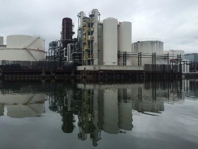 Newtown Creek oil refineries
